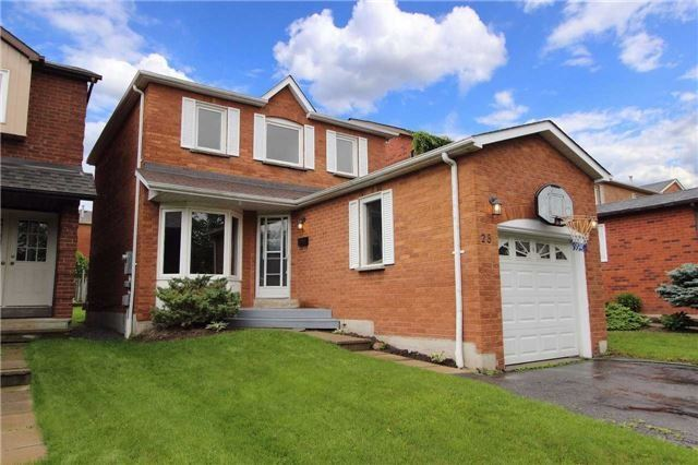 Detached at 28 Fernbank Pl, Whitby, Ontario. Image 1