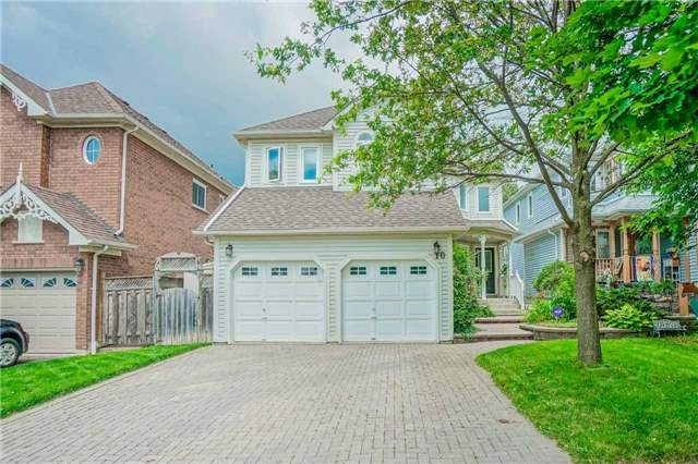 Detached at 10 Zachary Pl, Whitby, Ontario. Image 1