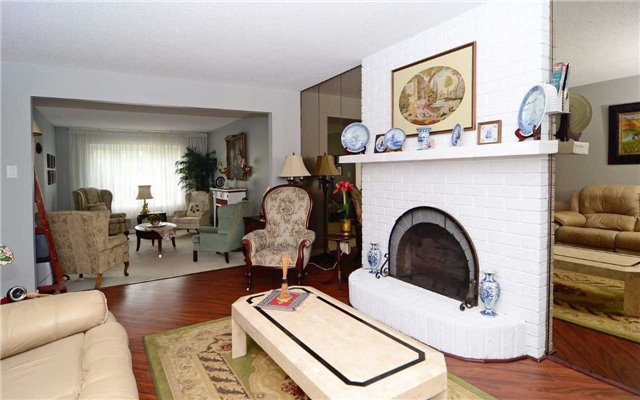 Detached at 1109 Maple Gate Rd, Pickering, Ontario. Image 19