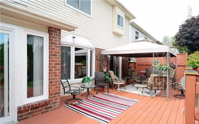 Detached at 1109 Maple Gate Rd, Pickering, Ontario. Image 11