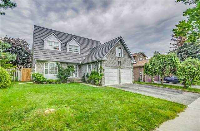 Detached at 1589 Dellbrook Ave, Pickering, Ontario. Image 12