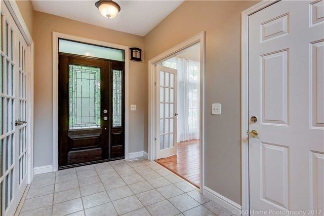 Detached at 1 Thames Dr, Whitby, Ontario. Image 12