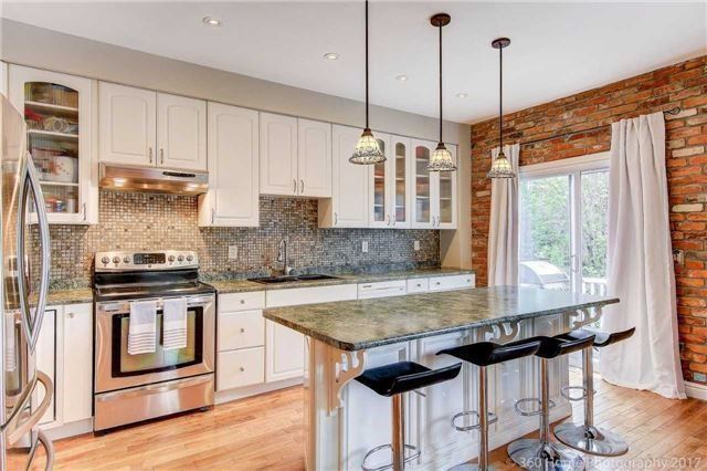 Detached at 1 Thames Dr, Whitby, Ontario. Image 16