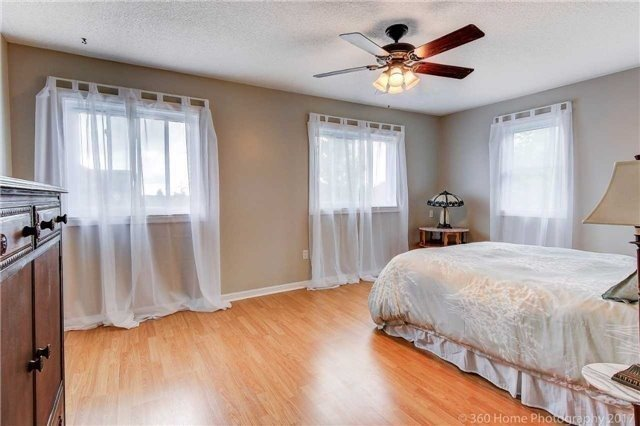 Detached at 1 Thames Dr, Whitby, Ontario. Image 20