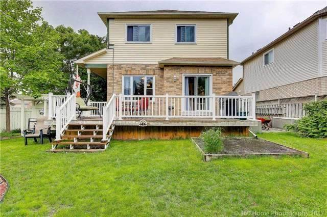 Detached at 1 Thames Dr, Whitby, Ontario. Image 10
