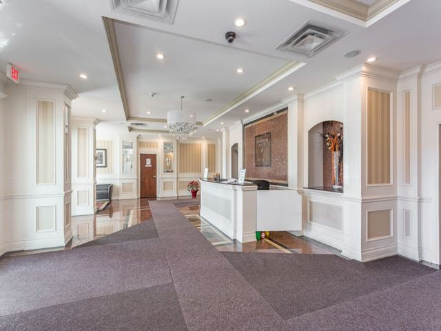 Condo Apartment at 6  Rosebank  Dr, Unit 8E, Toronto, Ontario. Image 14