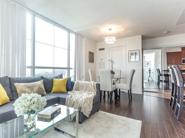 Condo Apartment at 6  Rosebank  Dr, Unit 8E, Toronto, Ontario. Image 18