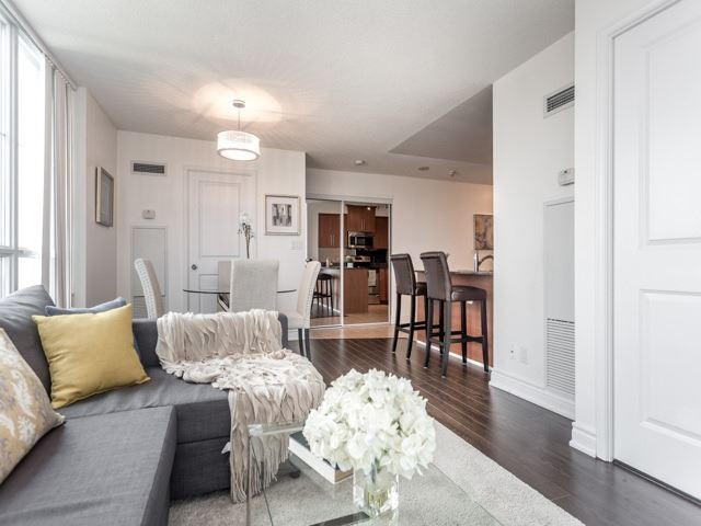 Condo Apartment at 6  Rosebank  Dr, Unit 8E, Toronto, Ontario. Image 19