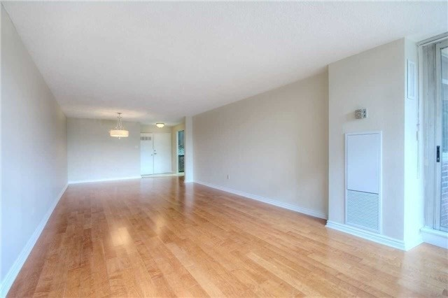 Condo Apartment at 45 Huntingdale Blvd, Unit 301, Toronto, Ontario. Image 16