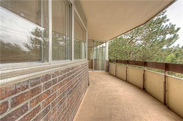 Condo Apartment at 45 Huntingdale Blvd, Unit 301, Toronto, Ontario. Image 18