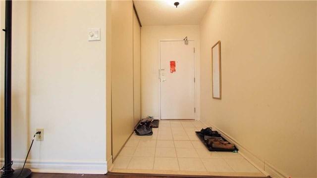 Condo Apartment at 275 Bamburgh Circ, Unit Ph12, Toronto, Ontario. Image 6