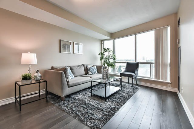 Condo Apartment at 18 Lee Centre Dr, Unit 501, Toronto, Ontario. Image 20