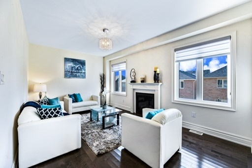 Detached at 18 Ainley Rd, Ajax, Ontario. Image 18