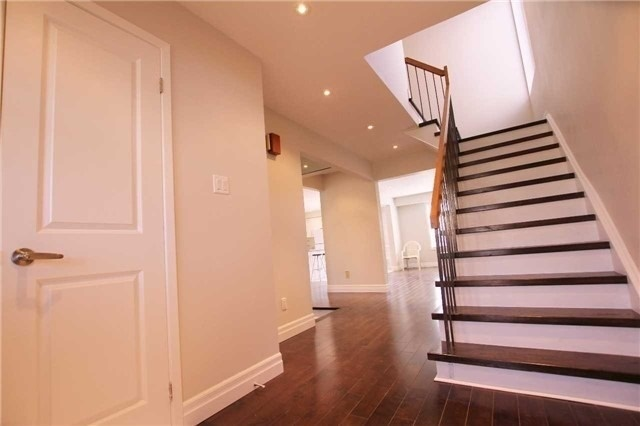 Detached at 110 Mossbrook Cres, Toronto, Ontario. Image 10