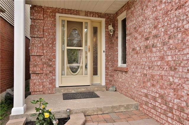 Detached at 12 Poolton Cres, Clarington, Ontario. Image 11