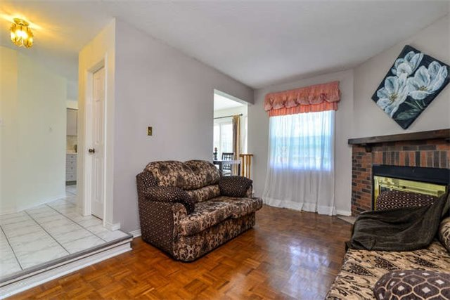 Detached at 6 Coughlen St, Ajax, Ontario. Image 2