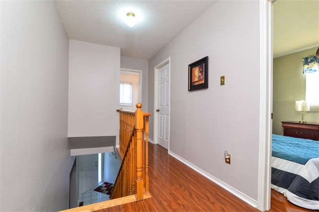 Detached at 6 Coughlen St, Ajax, Ontario. Image 4