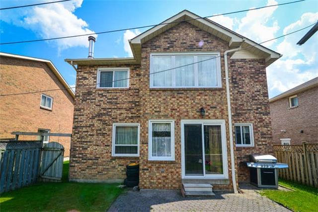 Detached at 6 Coughlen St, Ajax, Ontario. Image 13