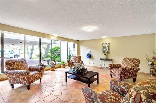 Condo Apartment at 301 Prudential Dr, Unit 1412, Toronto, Ontario. Image 11