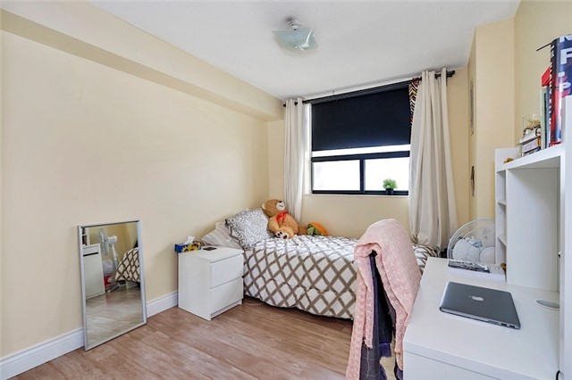 Condo Apartment at 301 Prudential Dr, Unit 1412, Toronto, Ontario. Image 4