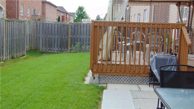 Detached at 9 Weston Cres, Ajax, Ontario. Image 13