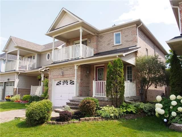 Detached at 37 Portage Tr, Whitby, Ontario. Image 9
