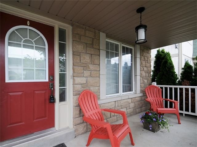 Townhouse at 22 Haverhill Cres, Whitby, Ontario. Image 12