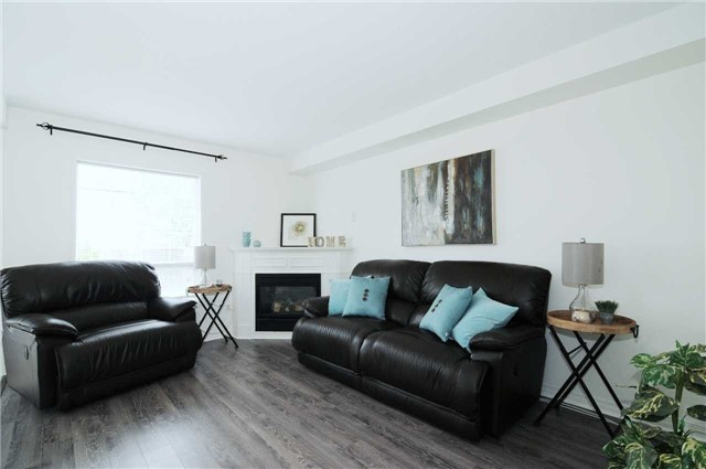 Townhouse at 22 Haverhill Cres, Whitby, Ontario. Image 14