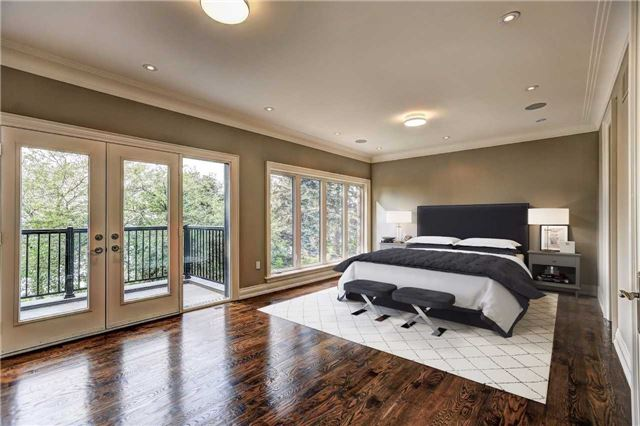 Detached at 65 Fishleigh Dr, Toronto, Ontario. Image 5