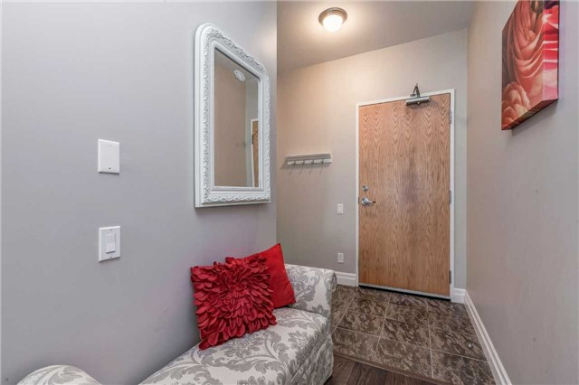 Condo Apartment at 44 Bond St W, Unit 802, Oshawa, Ontario. Image 12