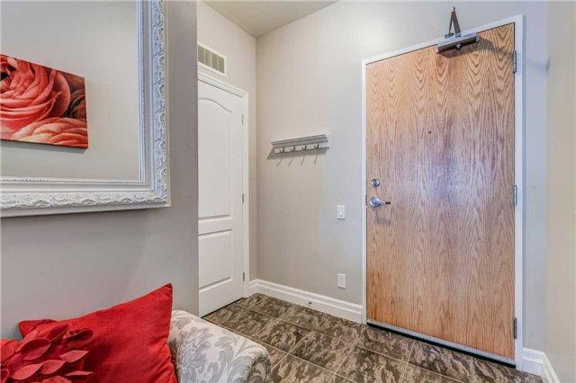 Condo Apartment at 44 Bond St W, Unit 802, Oshawa, Ontario. Image 13