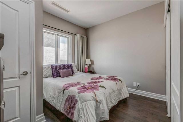 Condo Apartment at 44 Bond St W, Unit 802, Oshawa, Ontario. Image 7