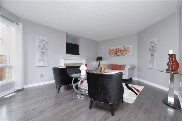 Detached at 1707 Maple Hill Crt, Pickering, Ontario. Image 2