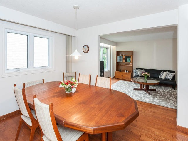 Detached at 1439 Highbush Tr, Pickering, Ontario. Image 11