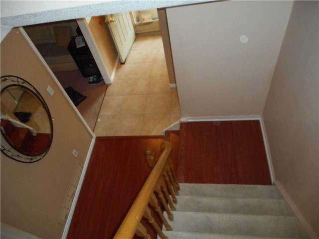Detached at 1626 Fairfield  Dr, Pickering, Ontario. Image 11