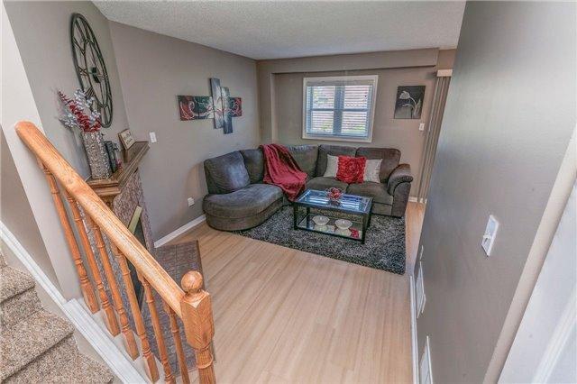 Link at 55 Hogan Cres, Clarington, Ontario. Image 10