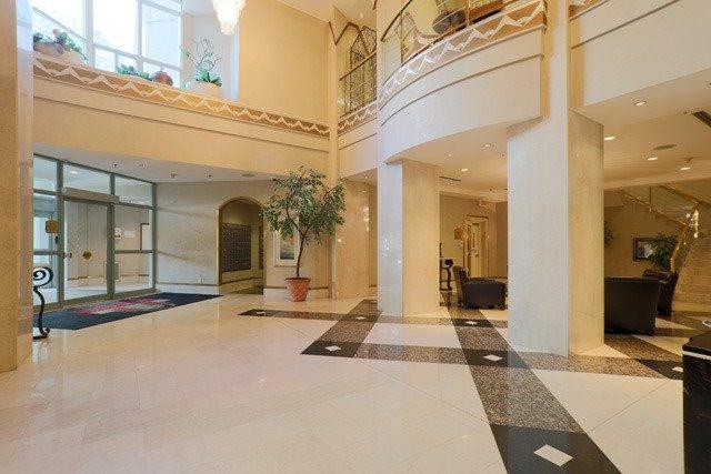 Condo Apartment at 88 Corporate Dr, Unit 617, Toronto, Ontario. Image 5