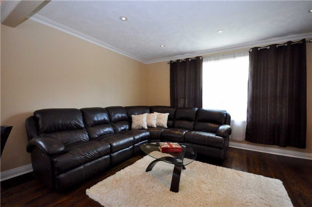 Detached at 59 Leahann Dr, Toronto, Ontario. Image 14