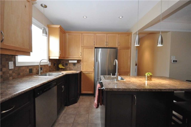 Detached at 59 Leahann Dr, Toronto, Ontario. Image 17