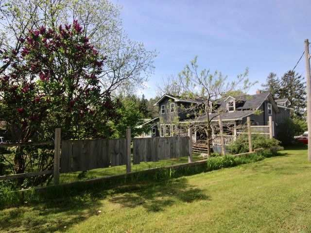 Detached at 25 Myrtle West Rd, Whitby, Ontario. Image 2