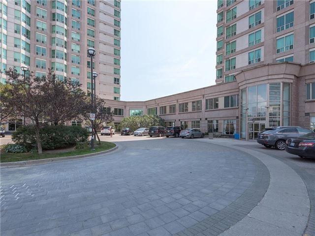 Condo Apartment at 1 Lee Centre Dr, Unit 612, Toronto, Ontario. Image 14
