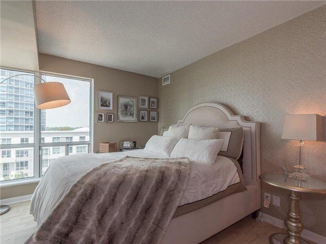 Condo Apartment at 1 Lee Centre Dr, Unit 612, Toronto, Ontario. Image 6