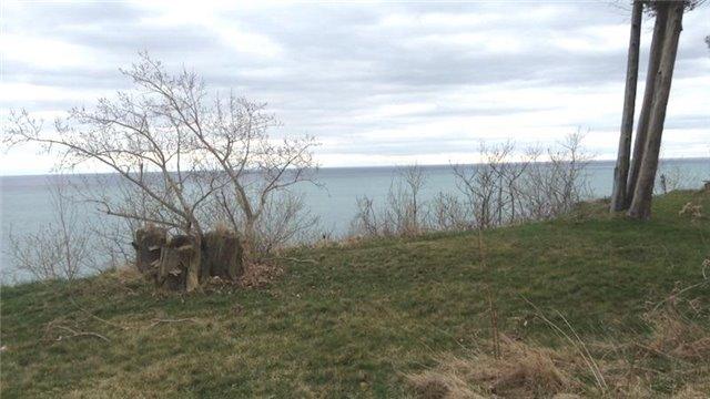 Detached at , Ontario. Image 9