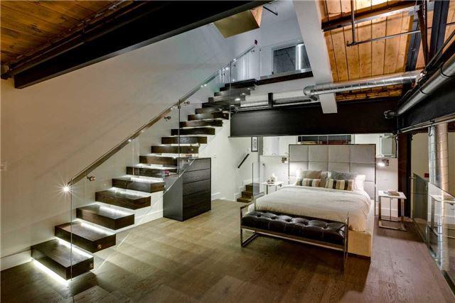 Condo Apartment at 326 Carlaw Ave, Unit 122, Toronto, Ontario. Image 3