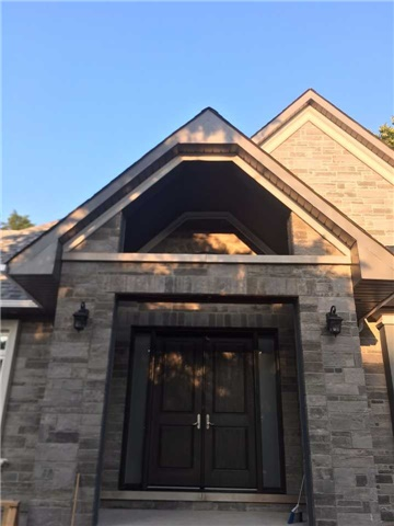 Detached at 3700 Anderson St, Whitby, Ontario. Image 2