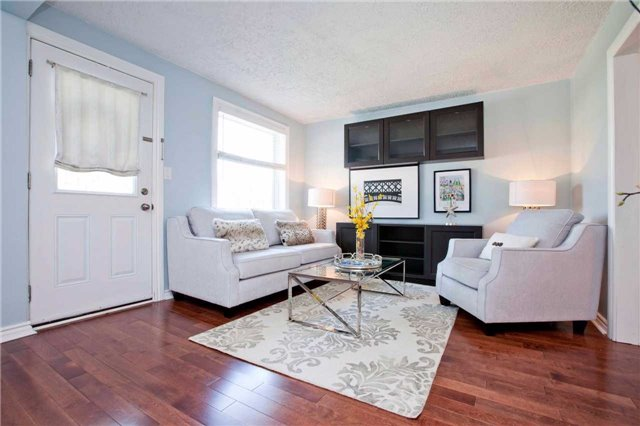 Detached at 111 Palmerston Ave, Whitby, Ontario. Image 5