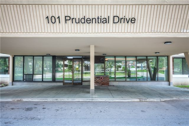 Condo Apartment at 101 Prudential Dr N, Unit 708, Toronto, Ontario. Image 12