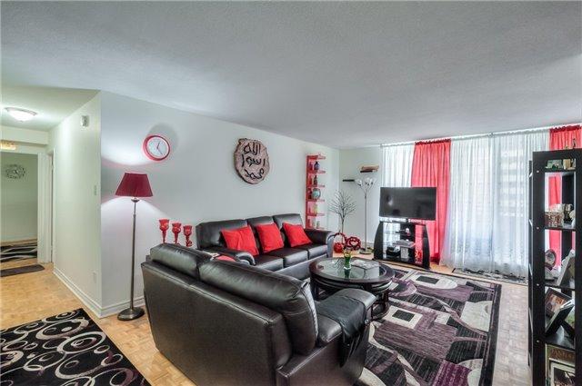 Condo Apartment at 101 Prudential Dr N, Unit 708, Toronto, Ontario. Image 15
