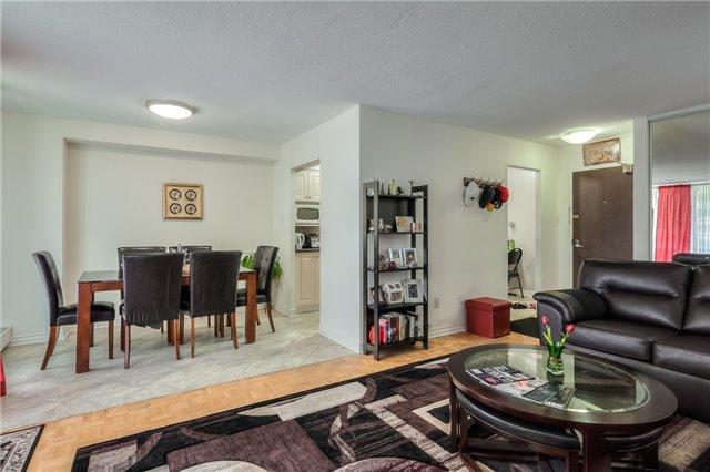 Condo Apartment at 101 Prudential Dr N, Unit 708, Toronto, Ontario. Image 17
