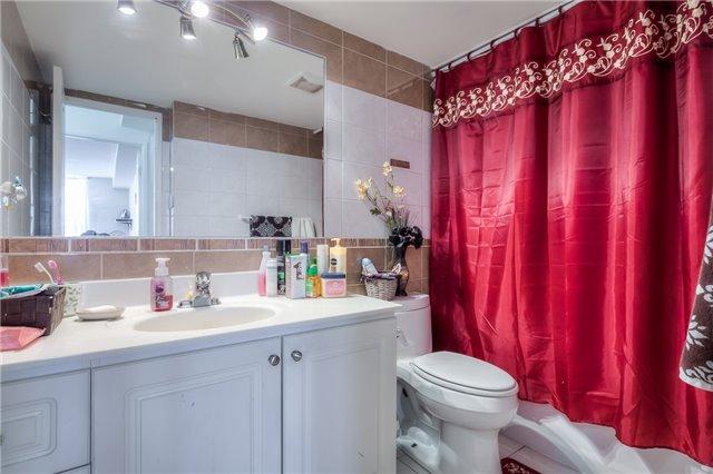 Condo Apartment at 101 Prudential Dr N, Unit 708, Toronto, Ontario. Image 7